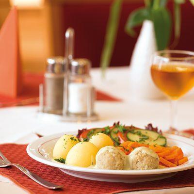 SV C Restaurant03 SN RGB
